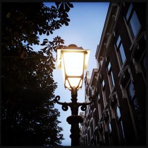 140913 lantaarnpaal op de kade